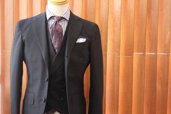 ilvilletaのスーツギャラリー|デキる男のためのオーダースーツガイド【大阪心斎橋版】